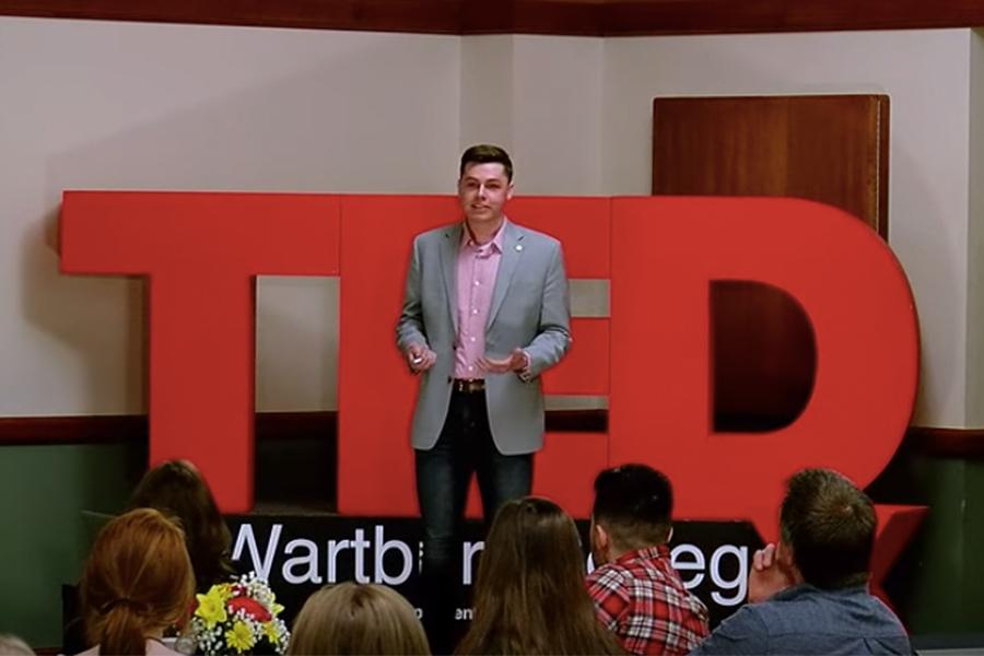 Former Warhawk Caleb Gipple Presents Tedx Talk