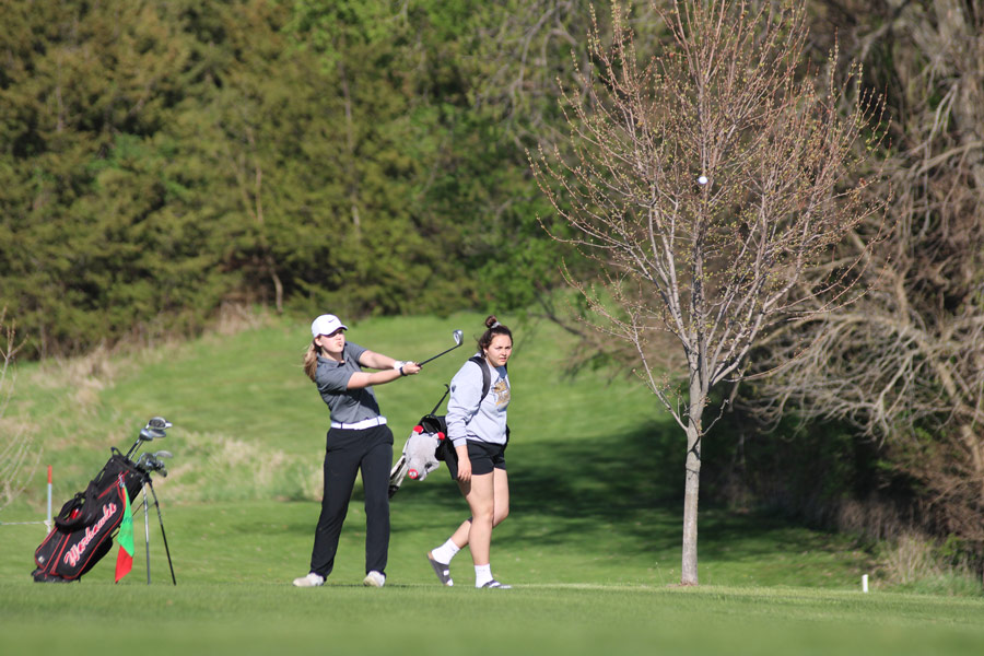 Moore Advances in Regional Golf